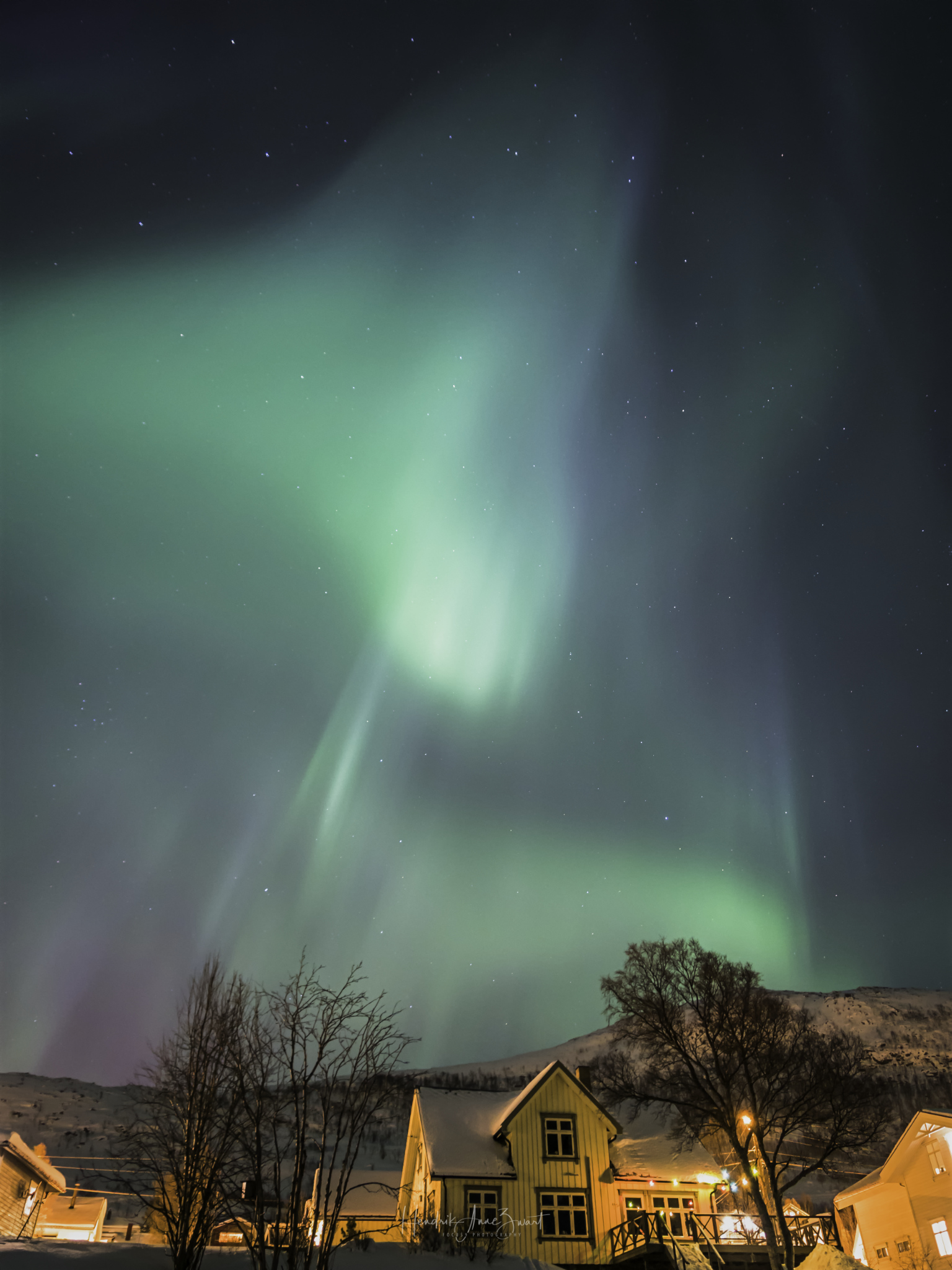 Nordic_Light_Notthern_Lights_Norway_Ersfjordbotn_3.jpg