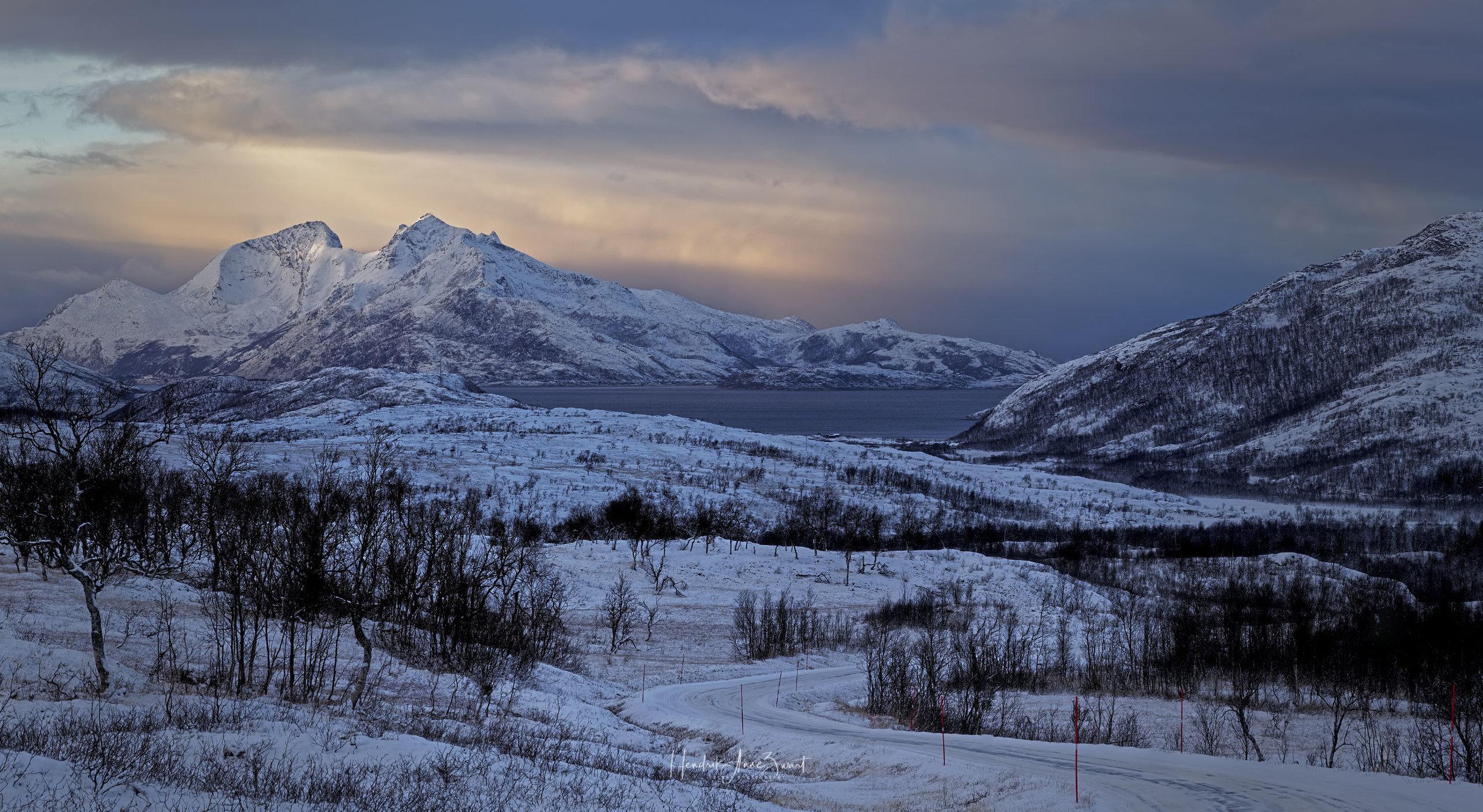 Skulfjord_Road_Pano_2.jpg