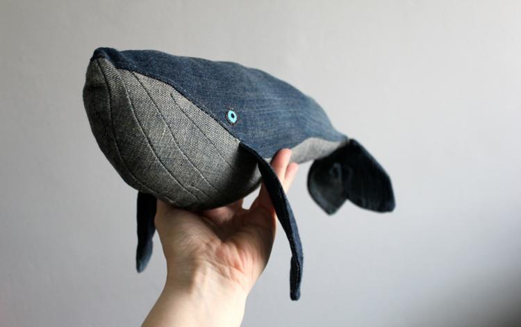 Valaan Villapaita  - DIY   DIY  Denim Whale