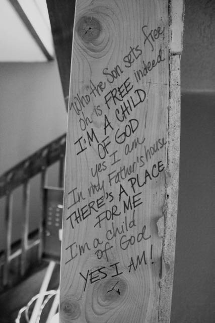 Writing encouragement on Te Veo House Beams