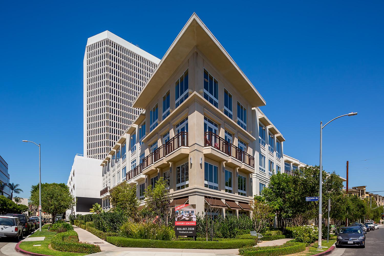 Viridian Luxury Apartments, Exterior