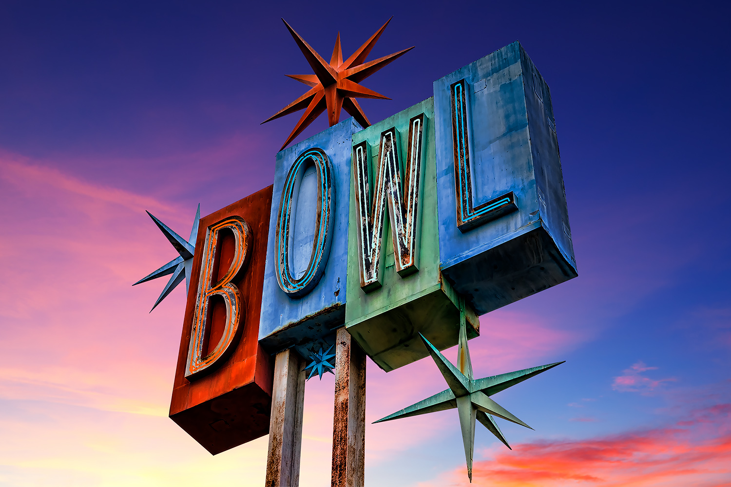 retro-bowling-alley-sign-neon-kelley-king-photography-4.jpg
