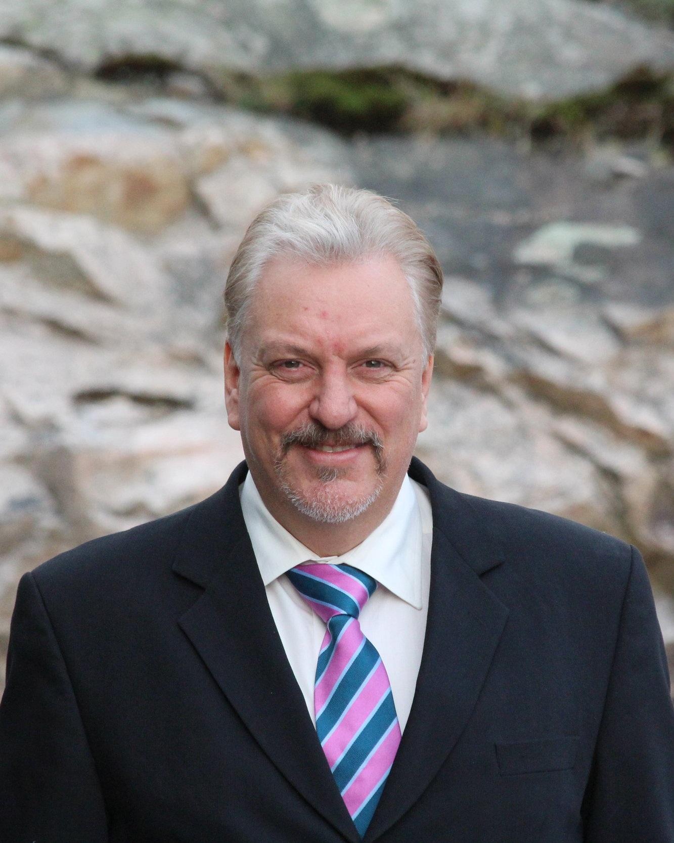 Jörgen Rygaard Business Unit Manager, Sweden ➤ Gothenburg ☎ +46 70-422 29 96 ✉ jorgen@advantek.se