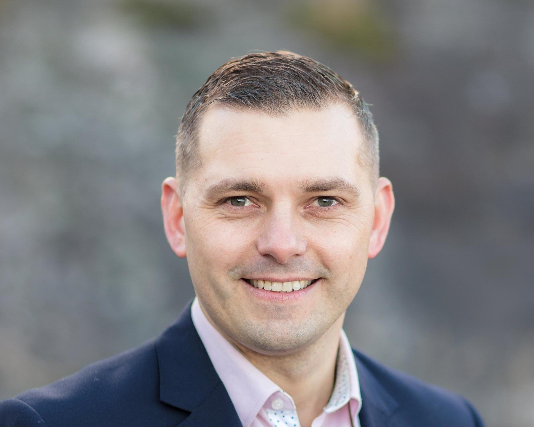 Fredrik Alkenhoff Executive Director, Sales & Marketing  ➤ Kristiansand (Sør Arena) ☎ +47 473 89 454 ✉ fredrik@advantek.no