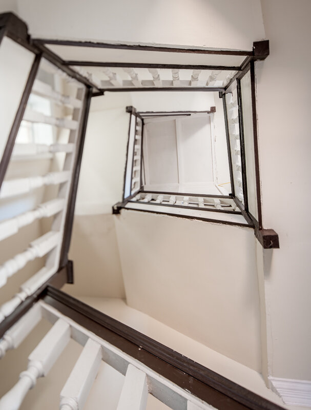 The 1705 original stair at cloverfields discussed in the video. Photo by Pete Albert