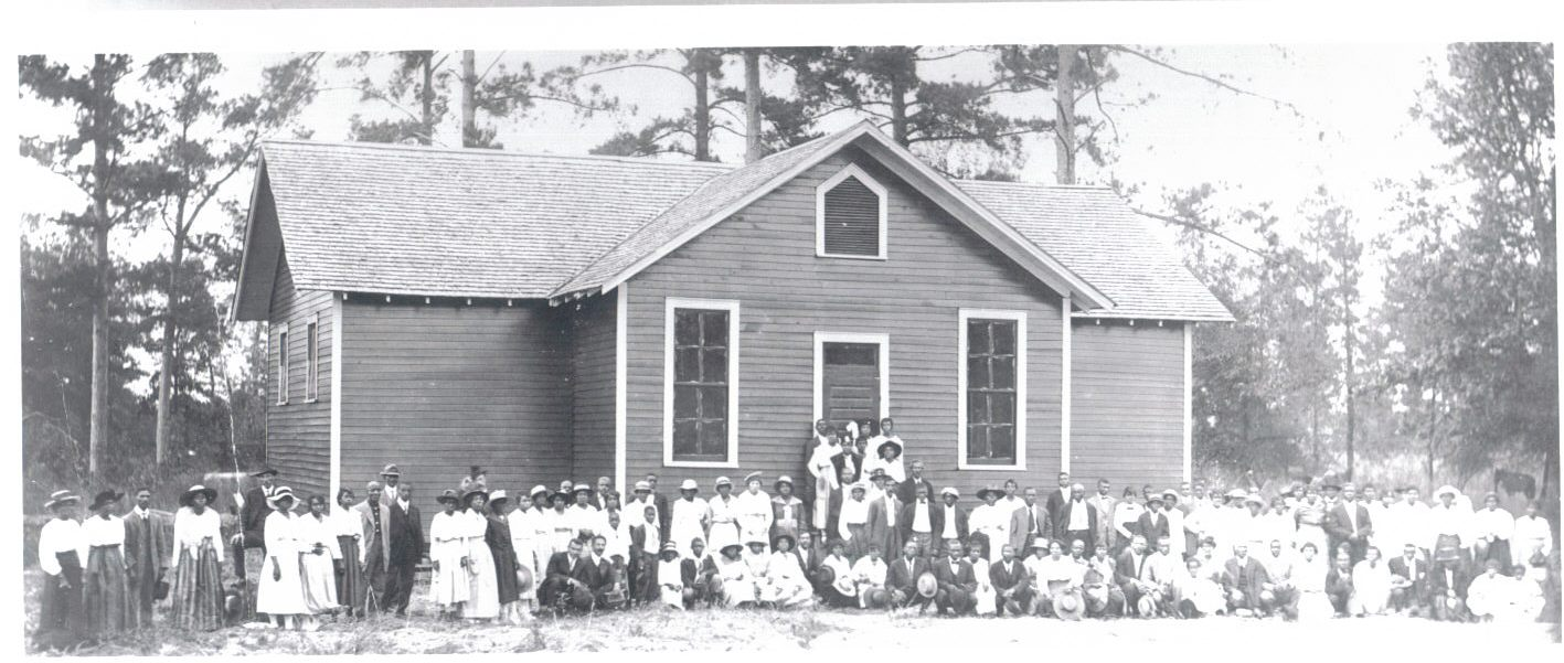 This Alabama community gathers to celebrate one of the very first Rosenwald schoolhouses.