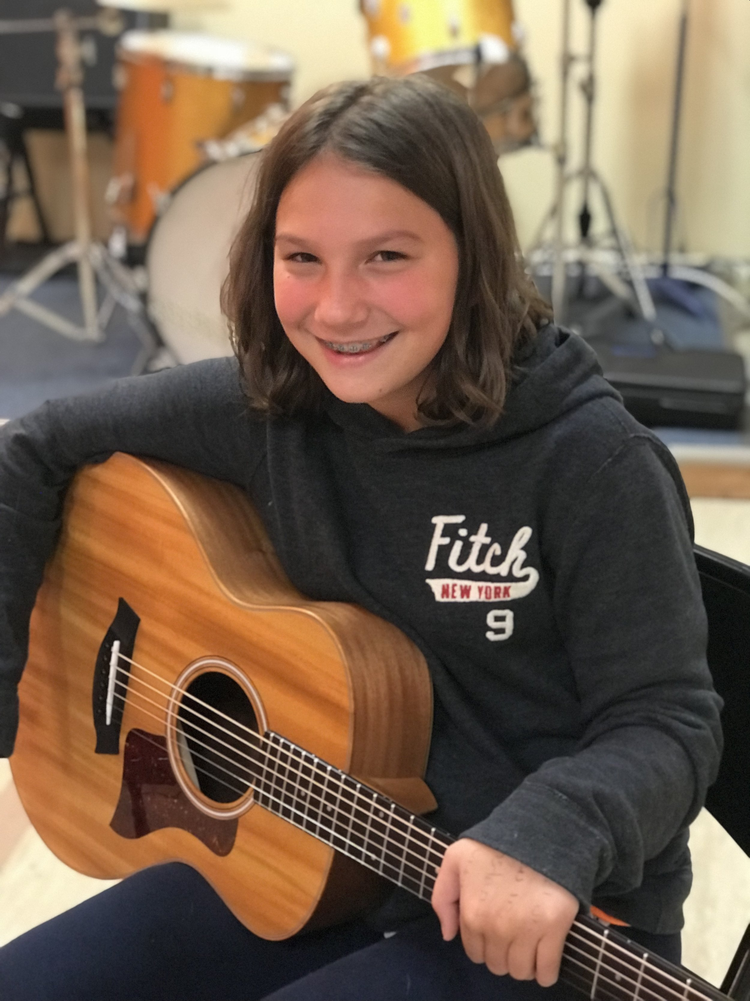 Huge Deal on ALL Music Lessons! - USE THE CODE: HOLIDAY2017 (when you check out)Save $70 when you sign-up today!We offer lessons in: Voice, Piano, Guitar, Ukulele, Drums, Production, Recording, Flute, Clarinet, Saxophone, Trumpet, Trombone, Violin, Viola, Cello and Bass.*for new students only. Not to be combined with any other offers. All Rights Reserved by The Modern Music Academy LLC