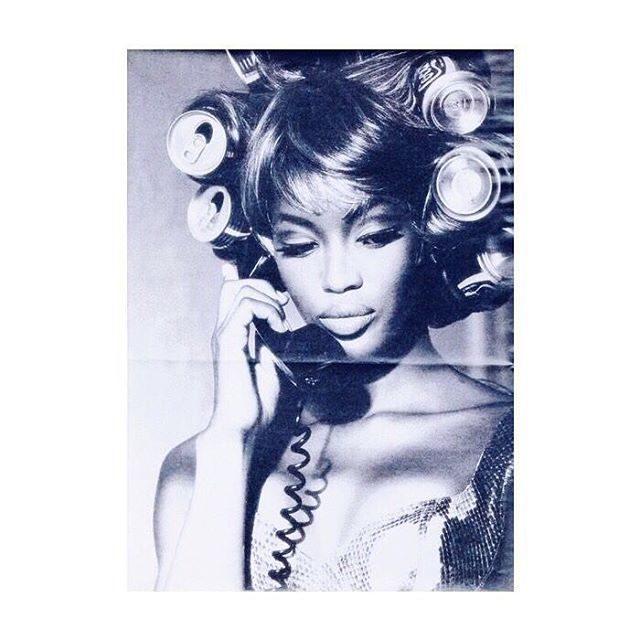 HBD to the timeless, and effortlessly chic @naomi . #RollasOverColas 🥤🎂