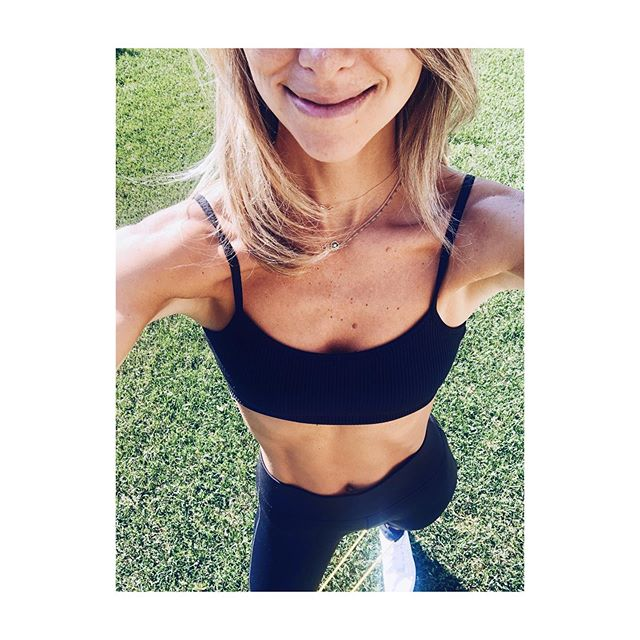 "weekend forecast after yesterday's downpour ☔️: sun, smiles and stretches! ☀️😊💛 . love this little @spri resistance band to stretch and ""pull out"" any muscle inflammation pre (and post) weekend! 🤸🏼‍♀️"