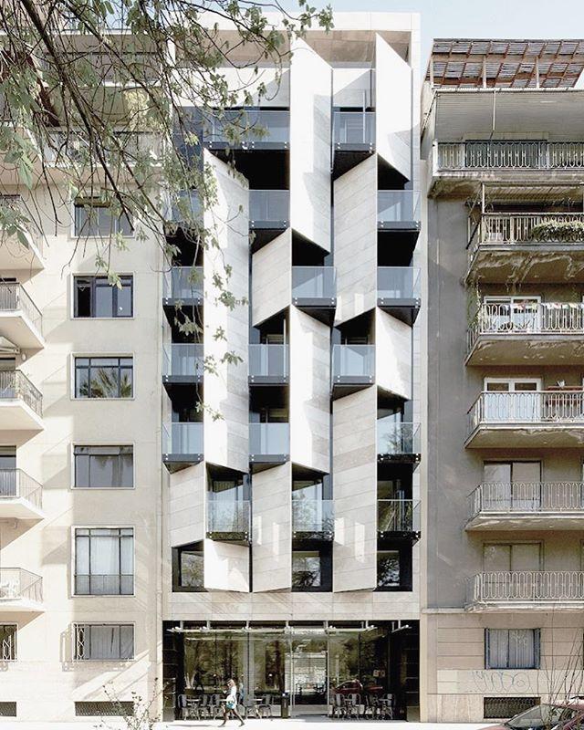 Ismael Apart Hotel by Estudio Larrain in Chile #facadefriday