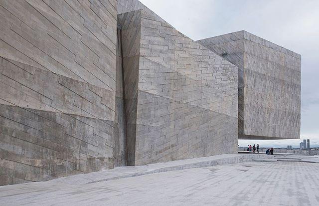 Foro Boca Concert Hall by Rojkind Arquiteftos in Boca del Río, Mexico #facadefriday