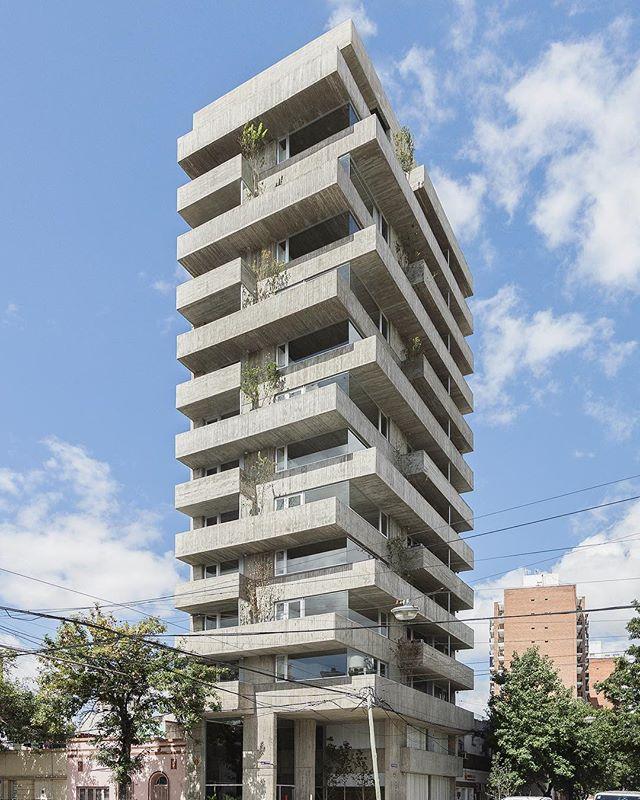 Pueyrredón 1101 Building by Estudio Pablo Gagliardo in Rosario, Argentina #facadefriday