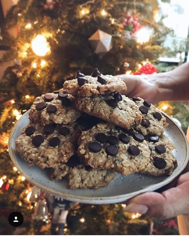 """Here's to @sprinkles.of.greens and friends for organizing """"Milk and Cookies for a Cause"""" to benefit @roomtogroworg! Thank you for giving back. #cookgathergive 🍪❤️🍪"""