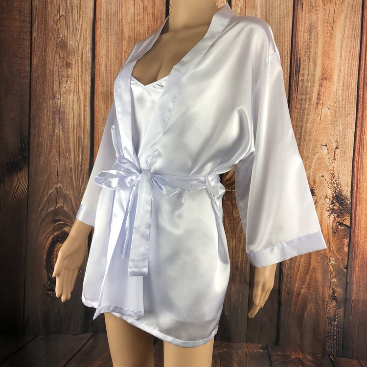 Beaming Bride White Robe Set - Perfect for the new bride, this sexy robe features silver