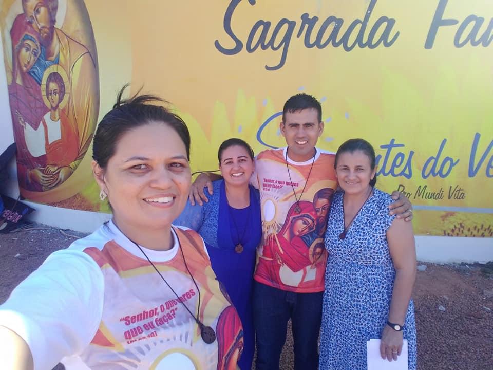 Elizete e Leandro com Regina (mãe de Leandro) e a Renata Kelly (irmã de Leandro). Festival das Famílias 2018 - Palmas.