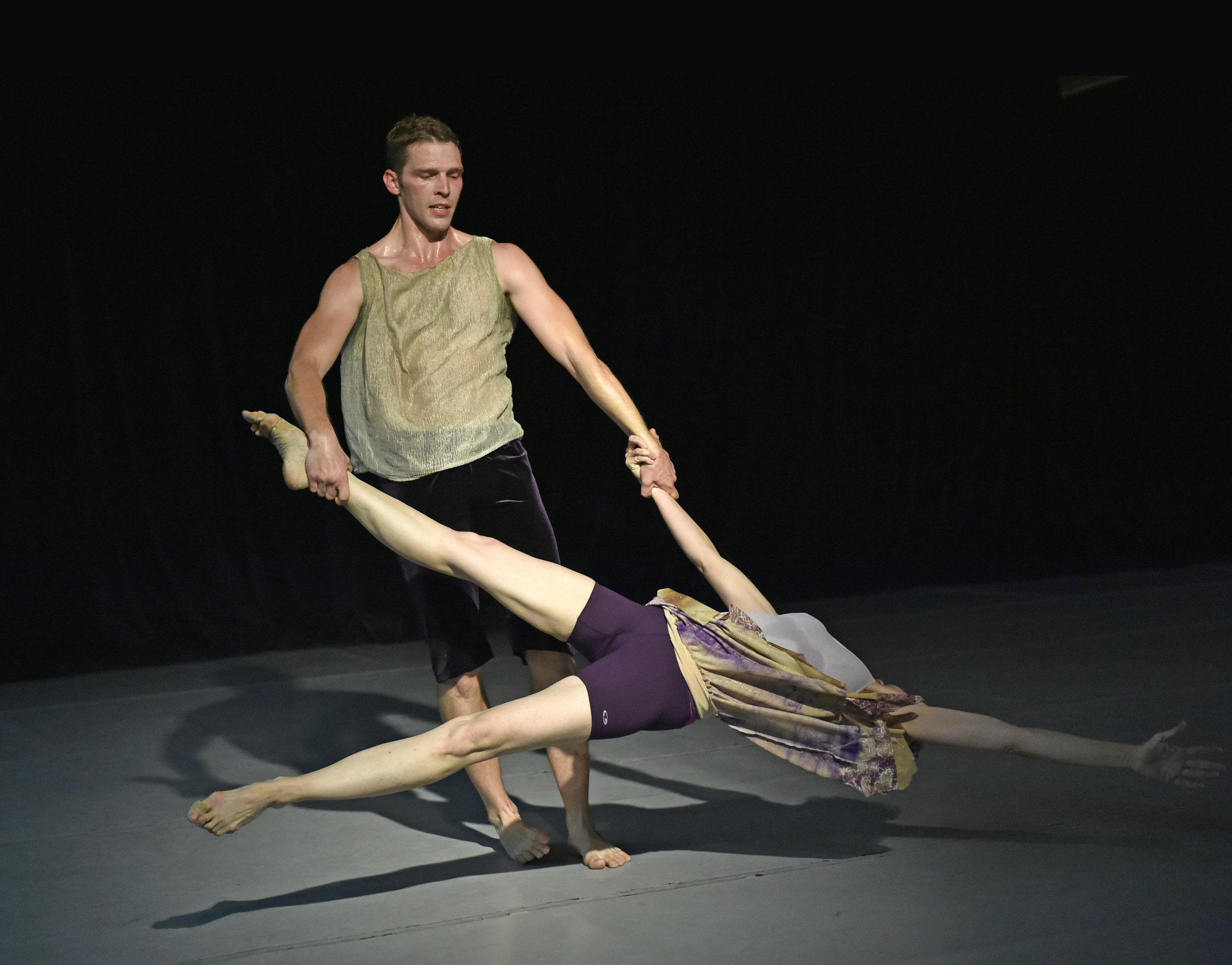 Kim Robards Dance in the Aurora Cultural Arts District
