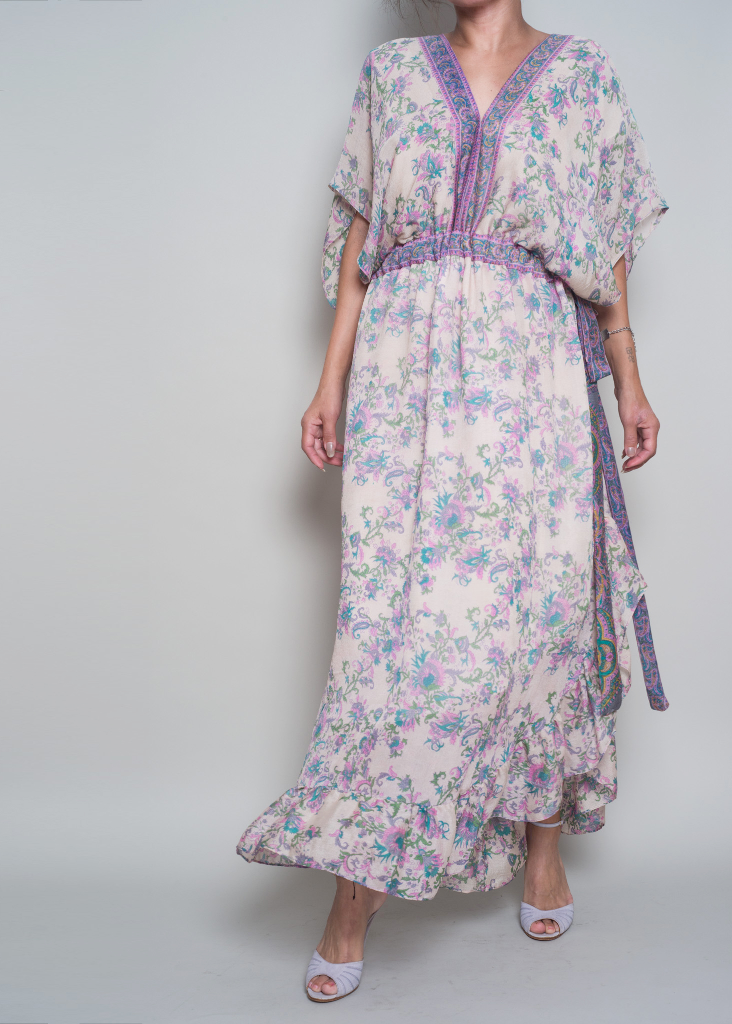 GIORGIA White Floral - SOLD OUT