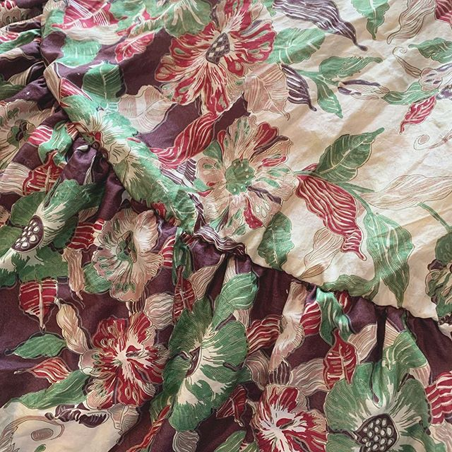 Tropical ruffles coming soon. __________________________________________________________ Le Marie Collection individually sources beautiful vintage textiles from around the world and recreates them into one of a kind and custom vintage inspired dresses and sets. Our process is completely waste free and hand made, staying true to standards of sustainable, slow fashion. #romantics #bohemianluxe #bohemian #boho #bohochic #gypsy #kaftans#caftans #slowly I fashion #bespoke #greenliving #vintagefabrics #silk #sari#sustainablefashiton #sustainablestyle #vintagetextiles #reclaim #reuse #recycle #notjustaprettydress#tropicalvibes#florals#ruffles#resort#spring2019