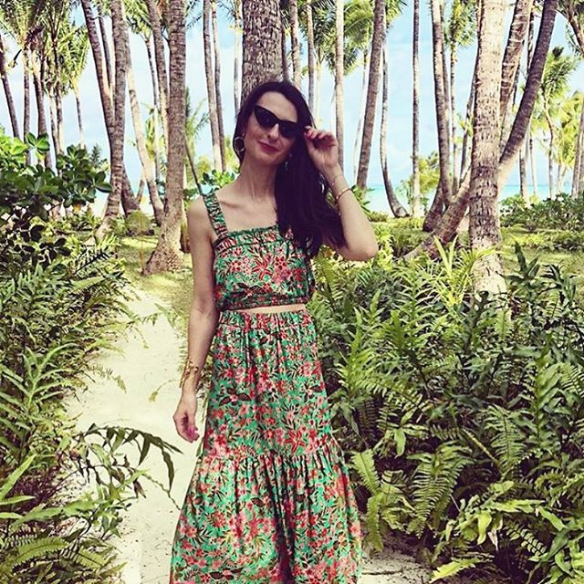 Here's to a perfect weekend! Flashback to @juliajsloan in a custom made two piece from vintage Malaysian fabric on her trip to Bora Bora. __________________________________________________________ Le Marie Collection individually sources beautiful vintage textiles from around the world and recreates them into one of a kind and custom dresses and sets. Our process is completely waste free and hand made, staying true to standards of sustainable, slow fashion. #romantics #bohemianluxe #bohemian #boho #bohochic #gypsy #kaftans#caftans #slow fashion #bespoke #greenliving #vintagefabrics #sustainablefashiton #sustainablestyle #vintagetextiles #reclaim #reuse #recycle #notjustaprettydress