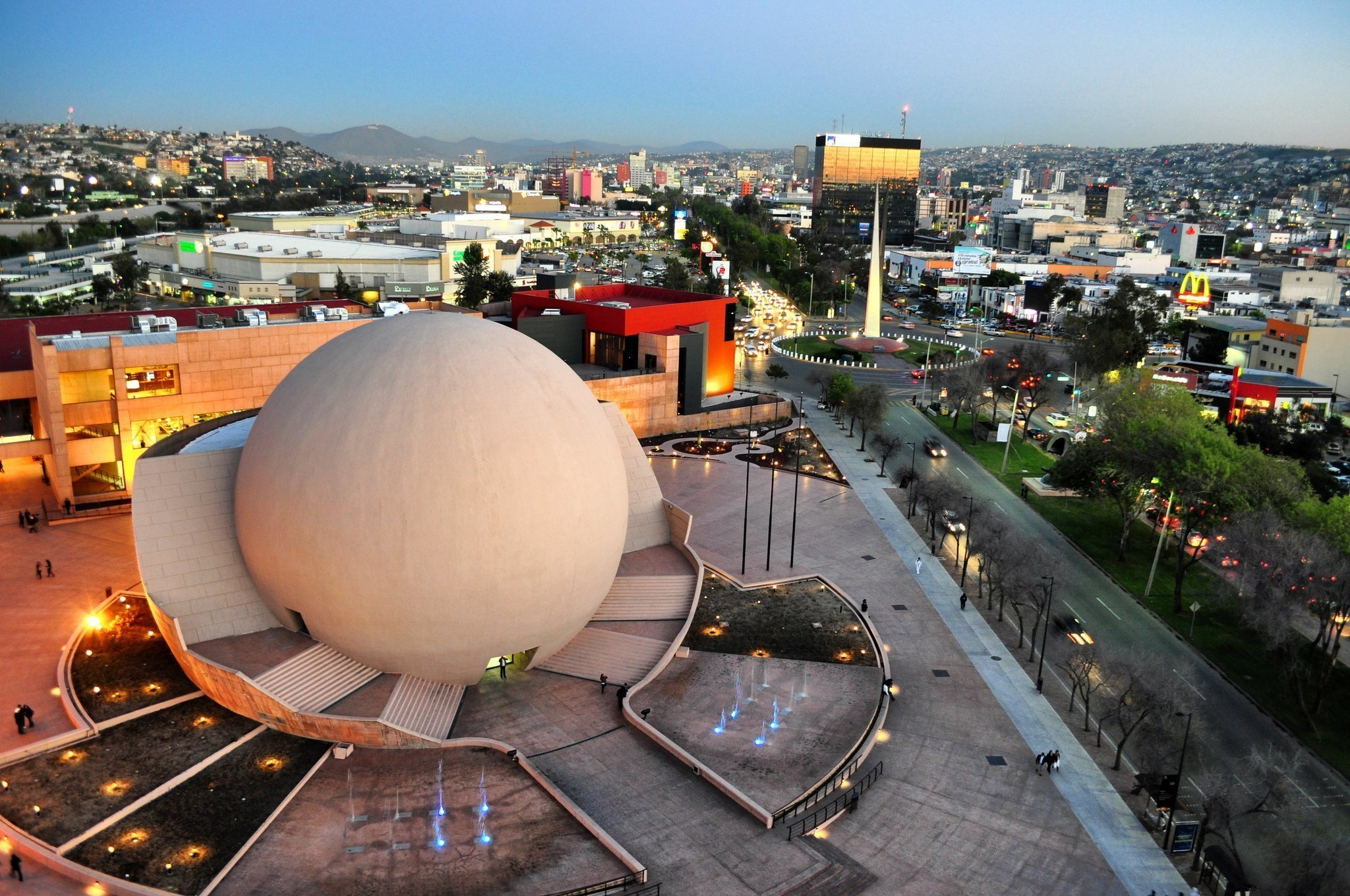centro-cultural-tijuana-cecut.jpg