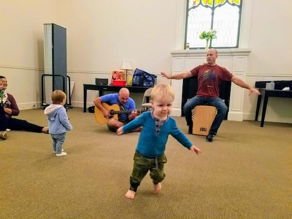 rocking-toddler-music-class-darien-new-canaan-stamford-ct.jpg