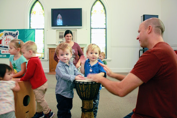 sign-up-for-music-class-darien-new-canaan-stamford-ct.JPG