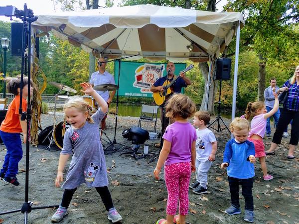 family-music-festivals-darien-new-canaan-stamford-ct.jpg