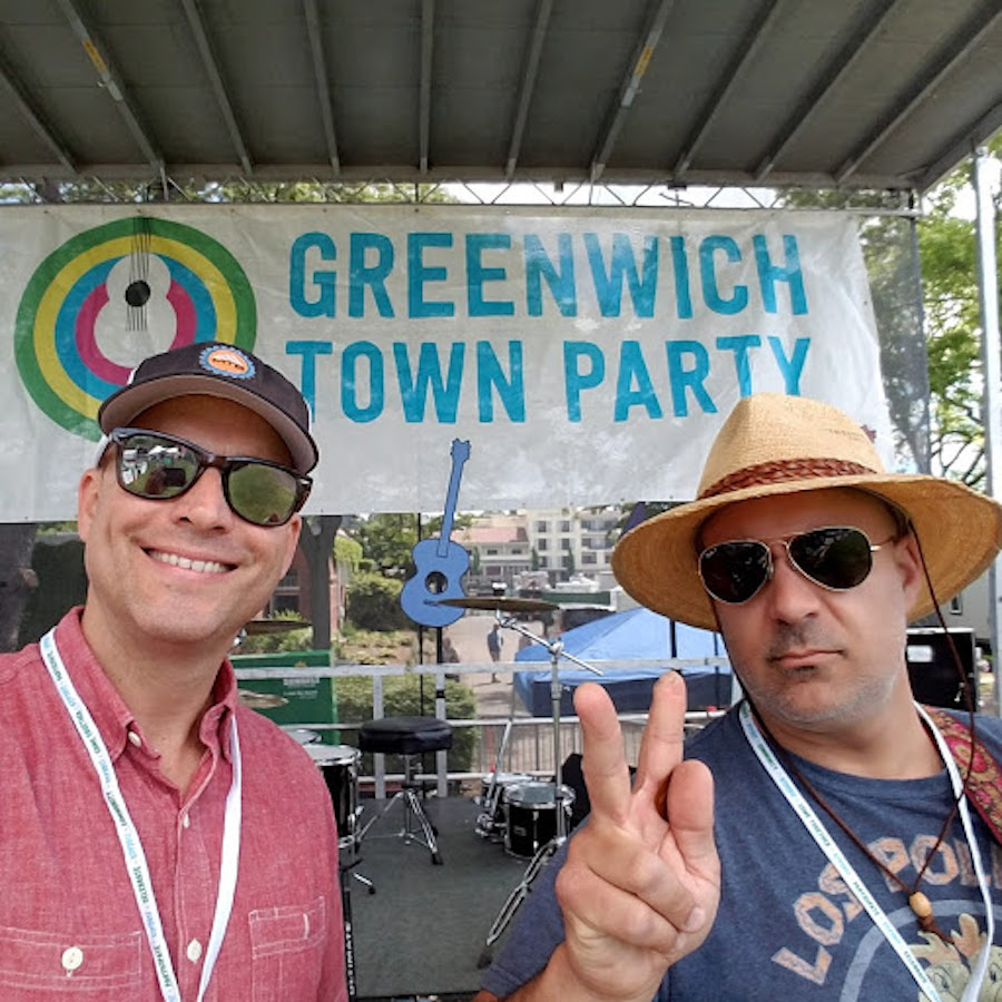 Greenwich-town-party-music-entertainment-by-jay-and-ray.jpg