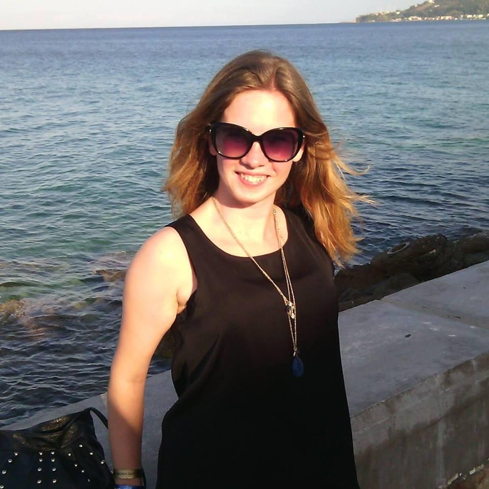 Chloe Taylor_Profile Picture.jpg