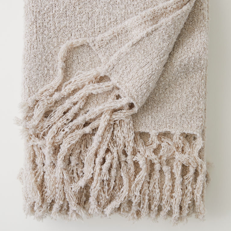 boucle' throw