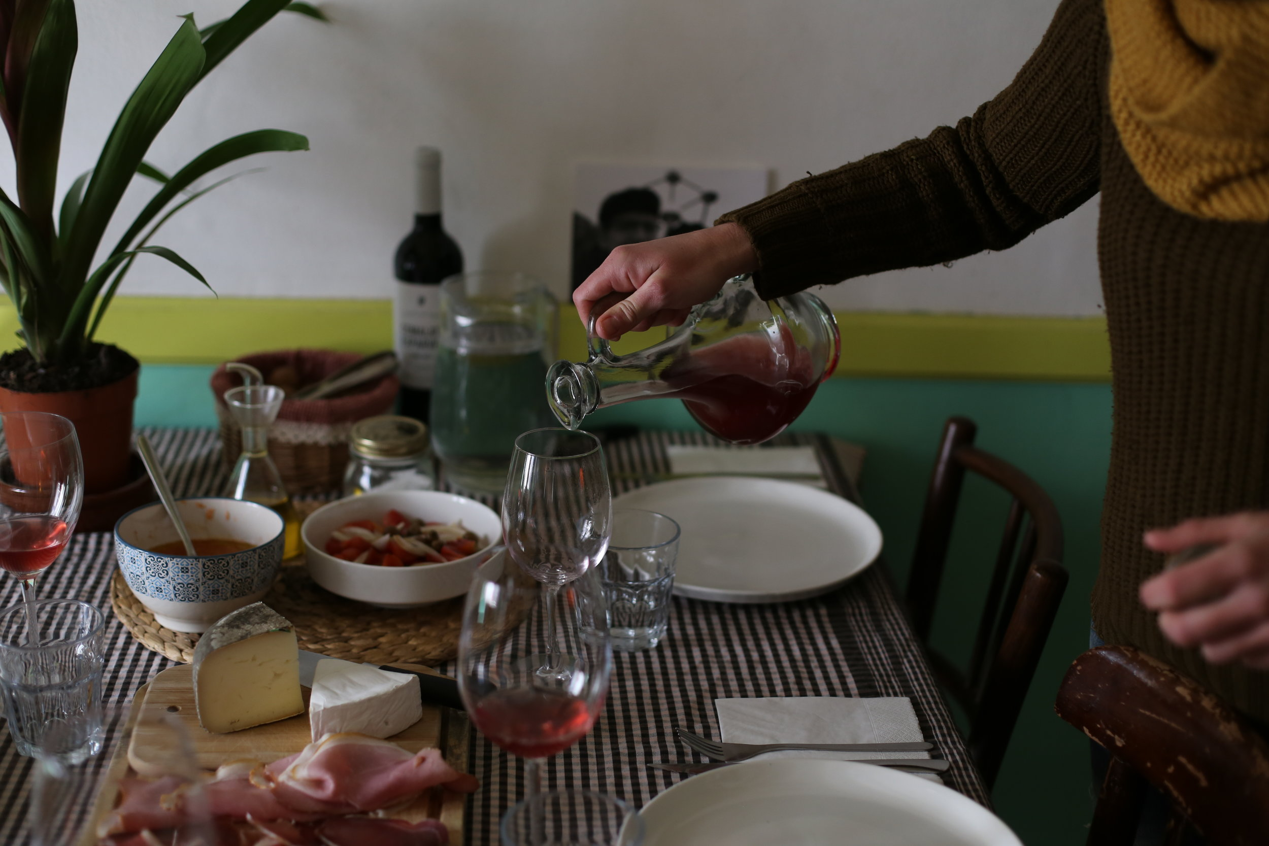 Another of Eva's amazing lunch with tastings. We were about to meet Esparver.