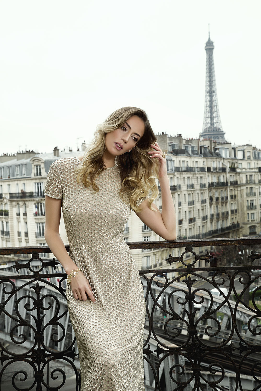 A Brazilian Woman in Paris-9888