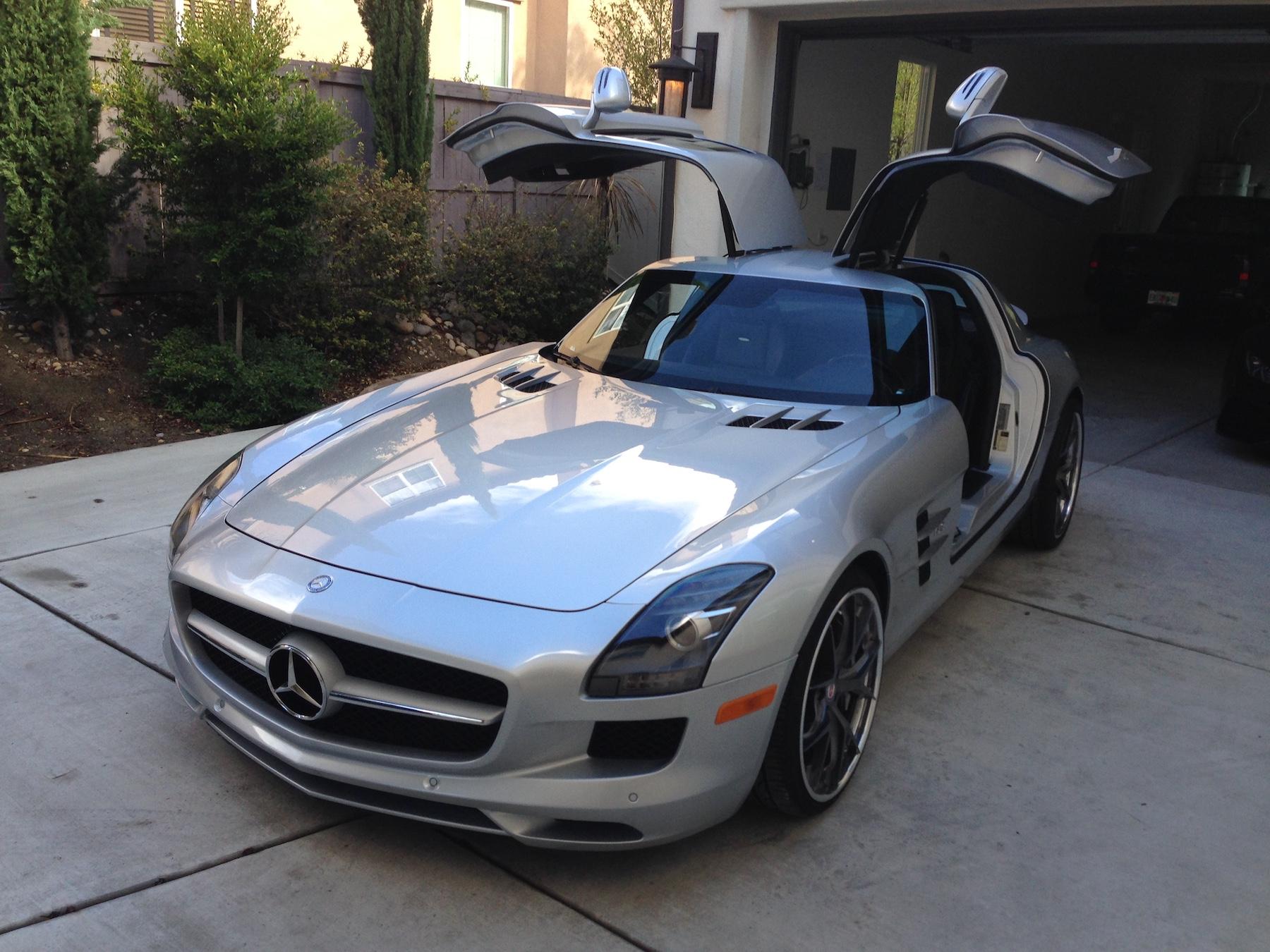 Mercedes Benz SLS AMG.JPG