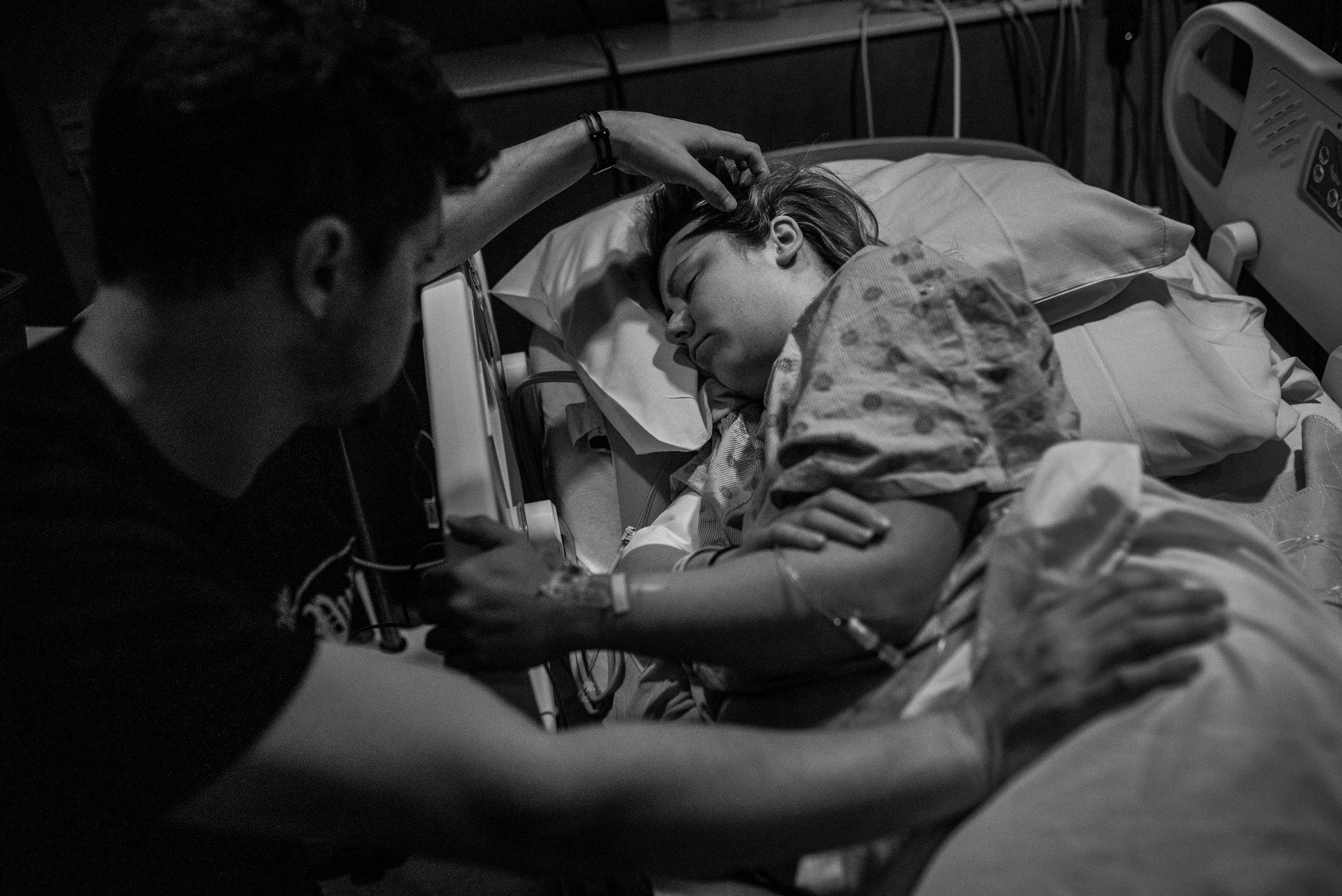 Milwaukee Birth Photographer-4.jpg