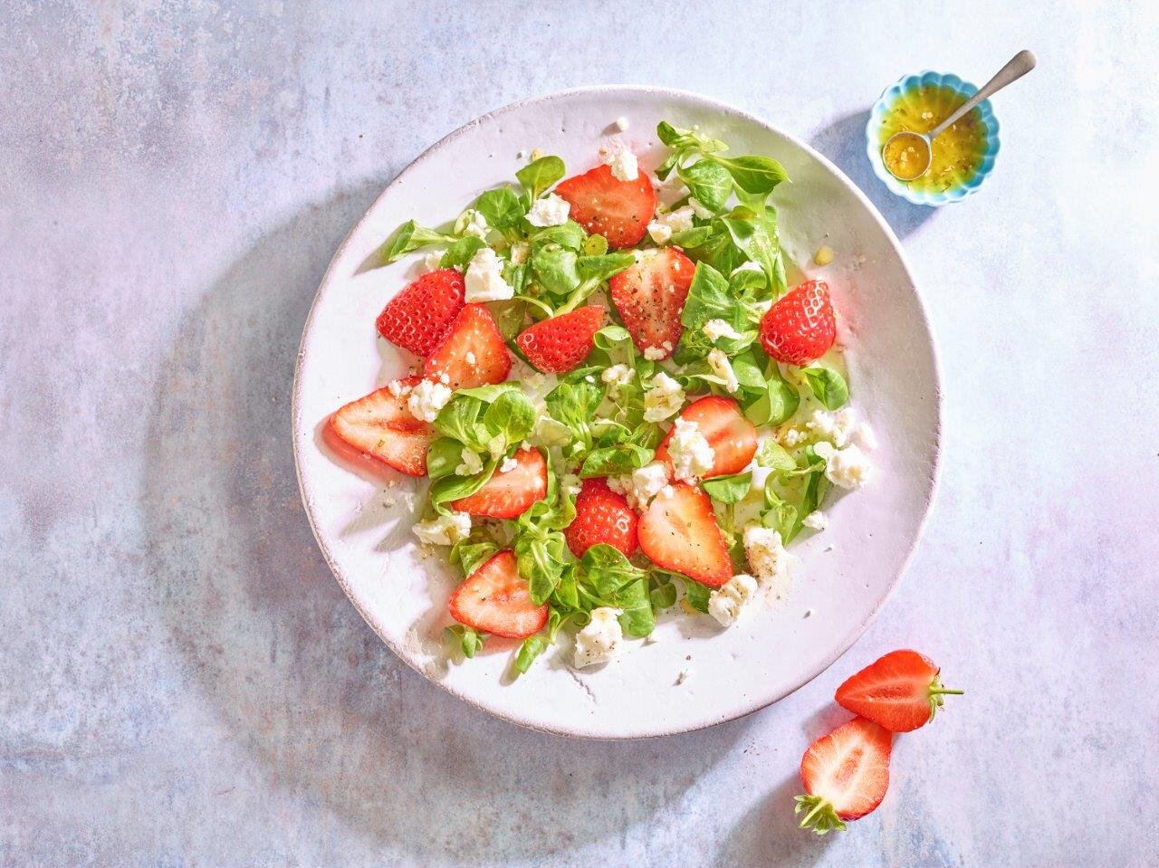 Strawberry Salad Landscape.jpg