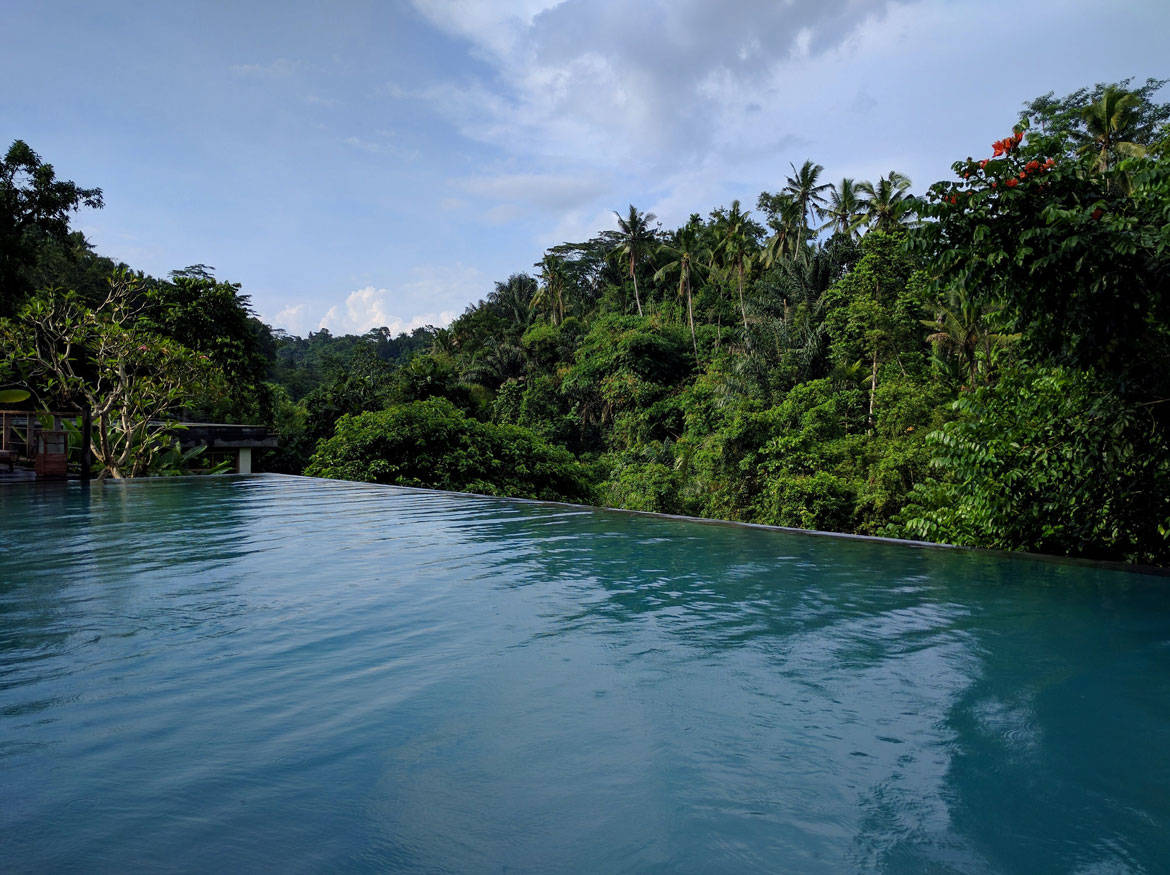 The best Balinese infinity pool