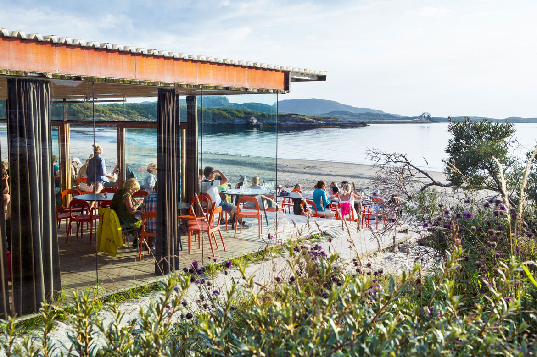 Το Beach Bar κατά τη διάρκεια της ημέρας