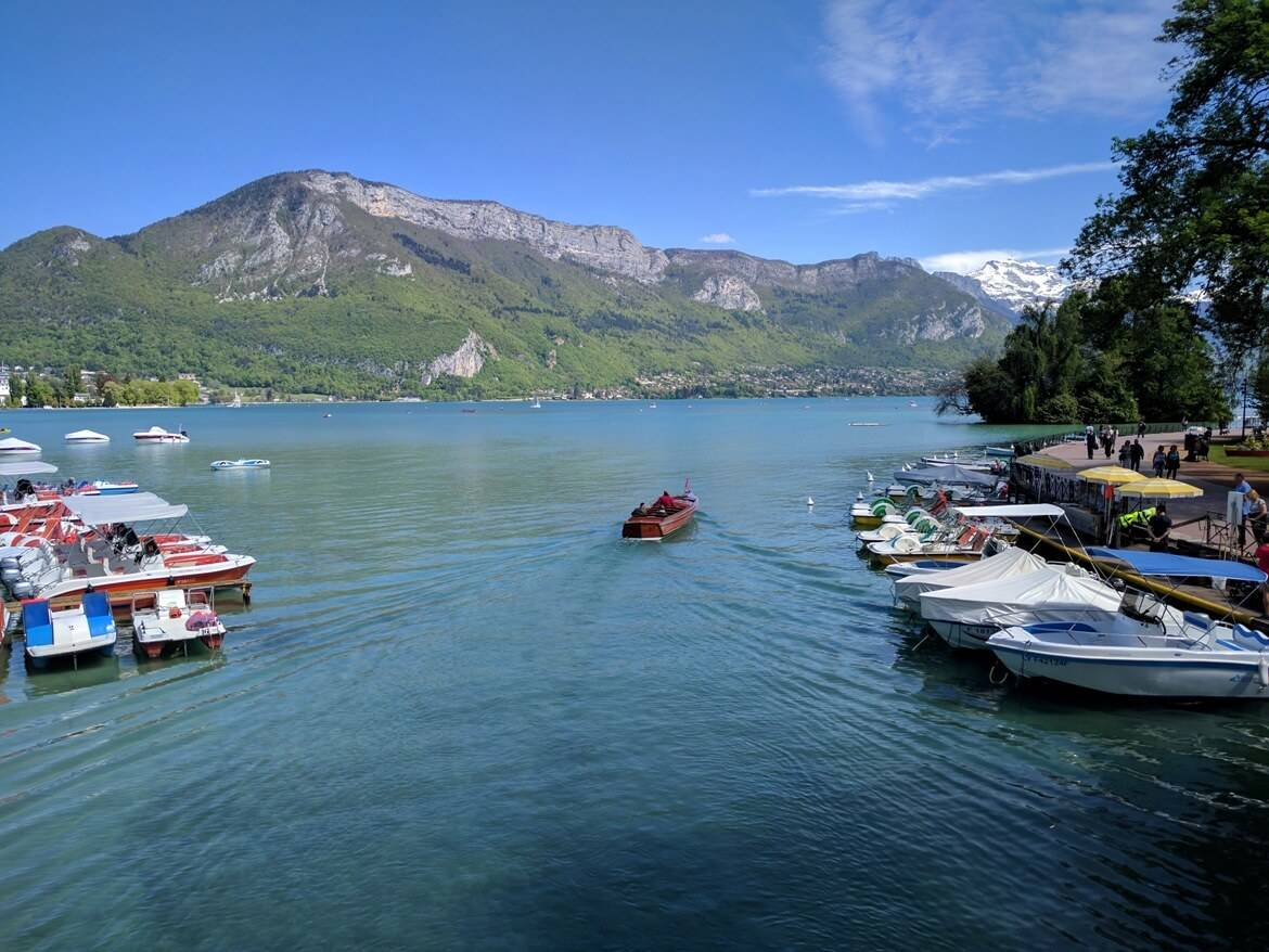 Lake Annecy as captured from lovers' bridge