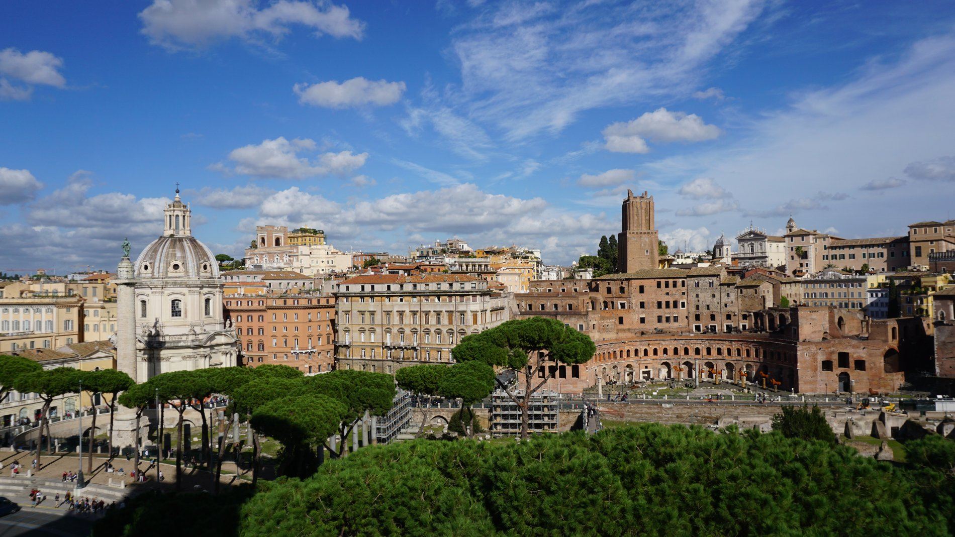 View from Il Vittoriano. Source: Truevoyagers