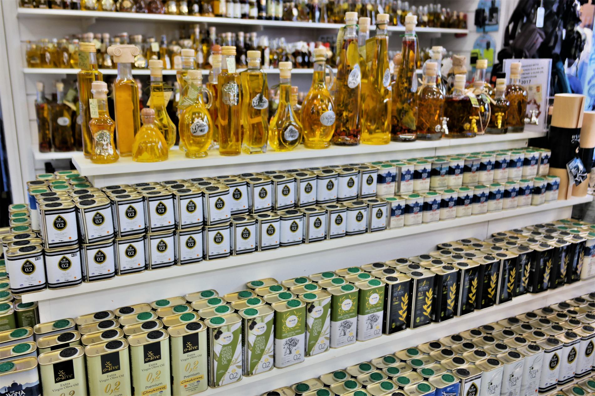 Extra virgin olive oil is one of the top things to buy in Greece. Source: Truevoyagers