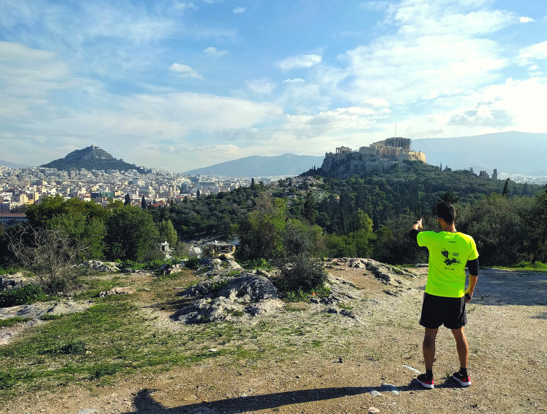 Run and enjoy Athens landmarks in our  Running Tour . Source: Truevoyagers