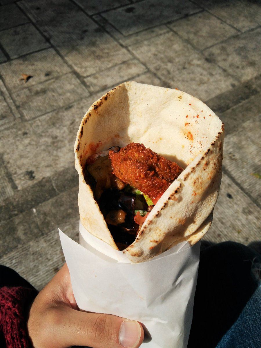 Falafellas offers you the best falafel in Athens. Source: Truevoyagers