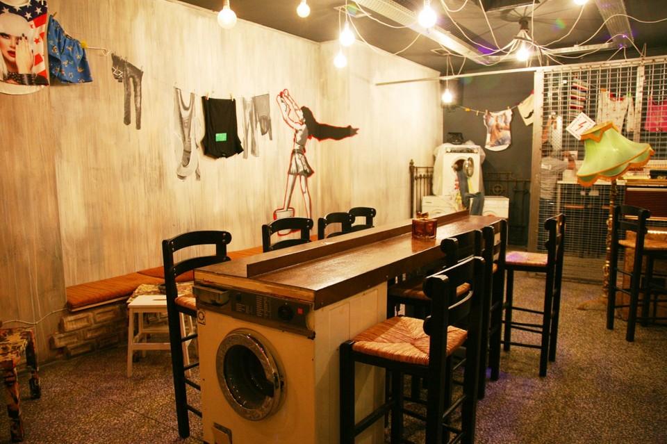 Plintirio  is one of the quirkiest bars in Athens. Source: Popaganda