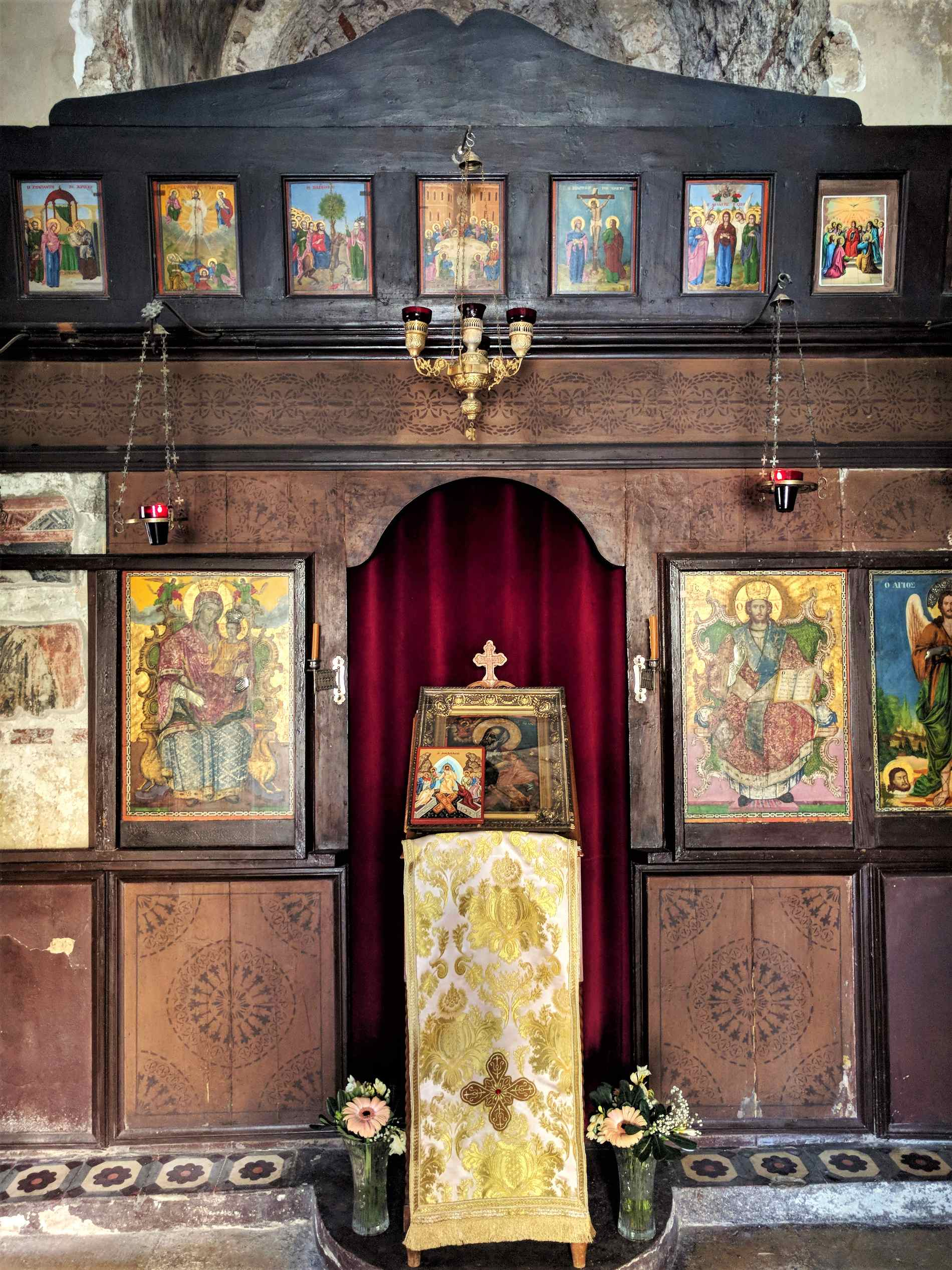 Inside the orthodox church of Ayios Ioannis Theologos.