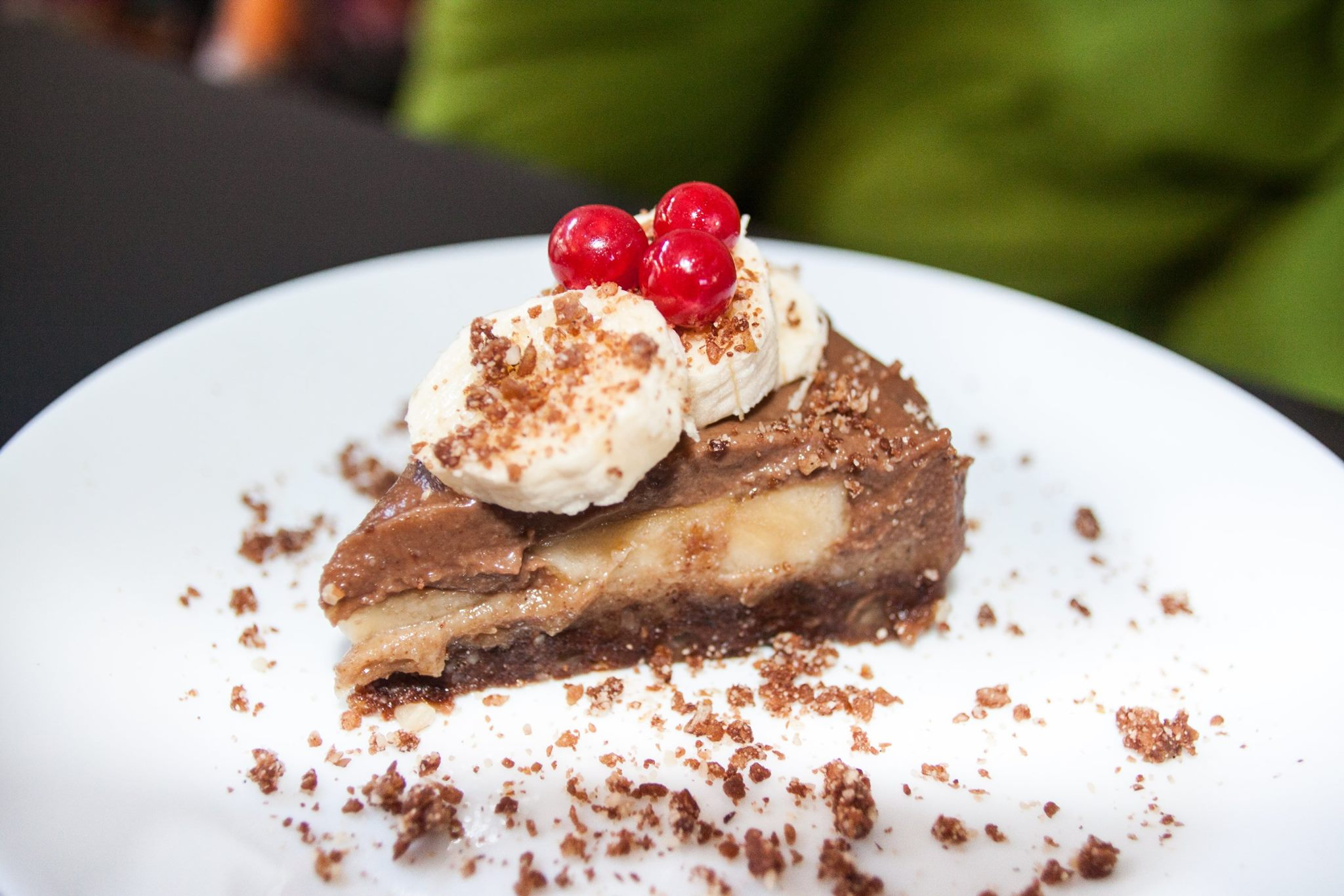 Delicious mouth-watering deserts are included in the menu of vegan Lime Bistro in Athens. Source: Lime Bistro