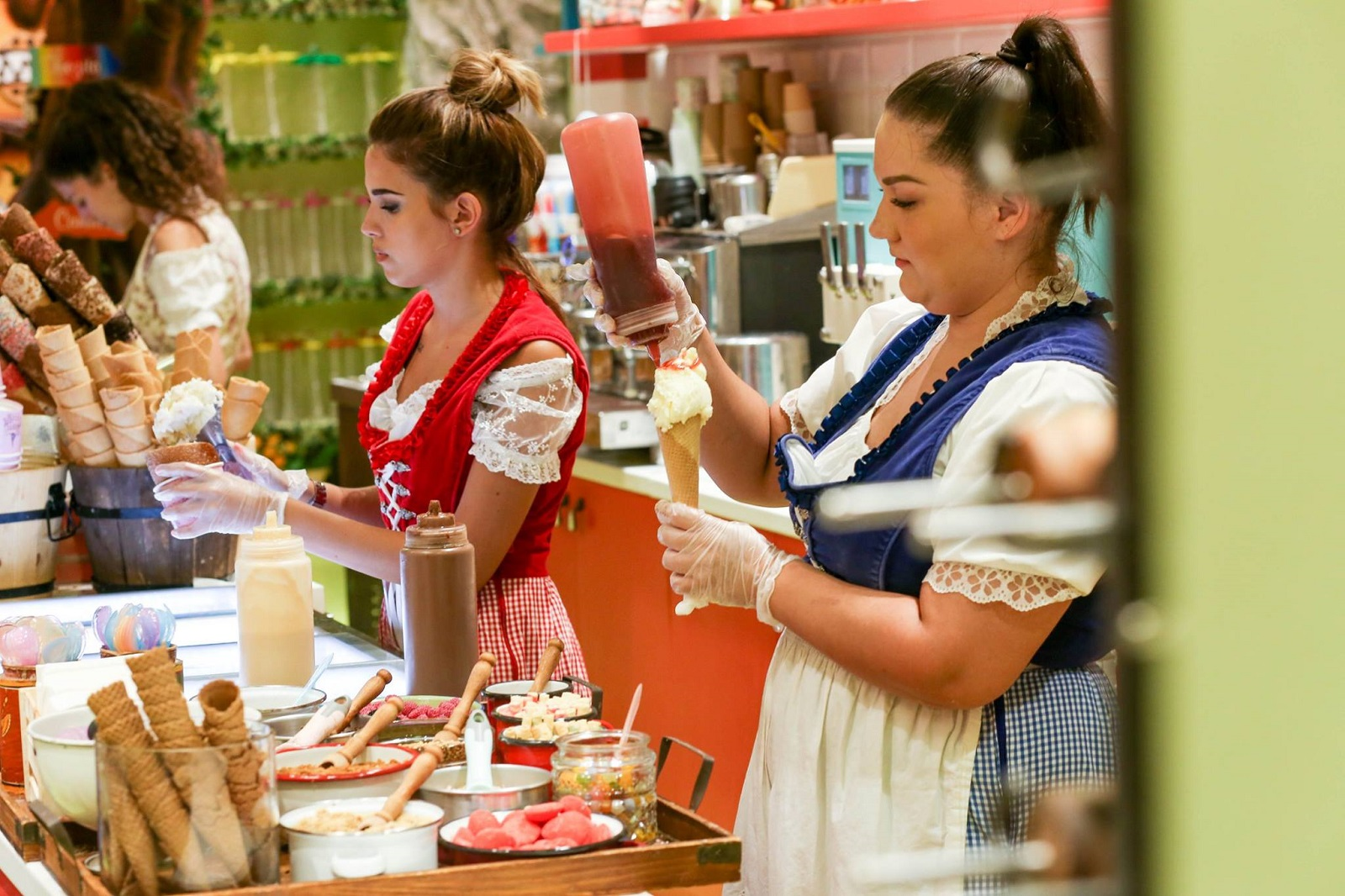 Visit Hans & Gretel gelateria in Monastiraki and travel to a fairy land made out of sugar!