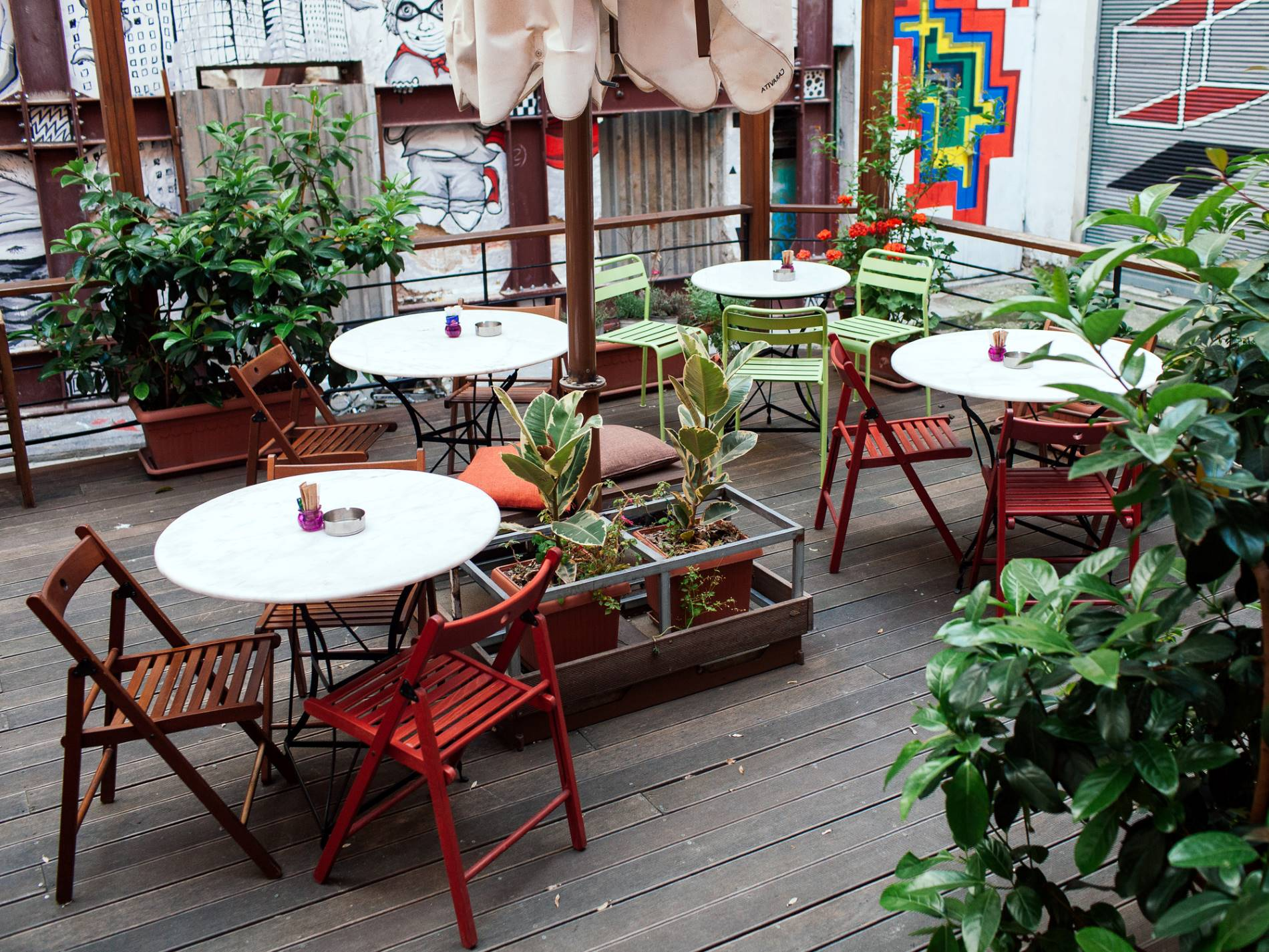 Poems n' Crimes  backyard is a hidden gem and a true sanctuary within Athens busy city center. Source: Lifo.gr