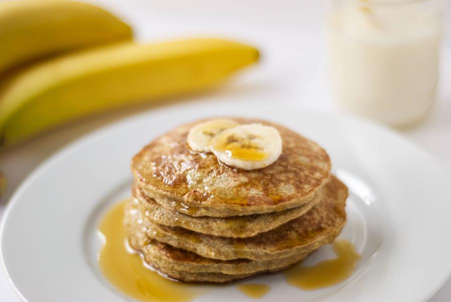 Banana-oat-pancakes-new-1.jpg
