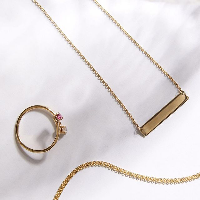 9ct gold mini ID bar, the perfect layering piece paired with wrap CZ ring.  Hump Day Jewellery game strong 💪  #towerjewellers #jewellery #jewelleryflatlay #idbarnecklace #goldchain #goldrings #humpday_wednesday #lovejewellery #style #styleoftheday #livelovelaugh
