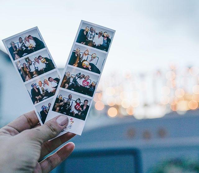 Yeahhh!!! Wir starten ins Wochenende und freuen uns auf unsere Brautpaare! 👰🏼🤵 Schönes Wochenende Euch allen!  #theweddinggang #photobooth #frankfurt #frankfurtdubistsowunderbar #frankfurtliebe #frankfurtblogger #frankfurtwedding #heirarteninfrankfurt #instabräute2019 #instabraut2019  #instabride #camperphotobooth #camperhoto #weddingphotography #stationery #papeterie #design  #weddingflowers #wededingggown #photostrips #weddinglovers #weddingblogger #photostrip #weddingparty